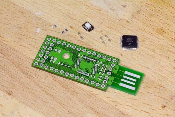 Płytka prototypowa ARM za pięć dolców