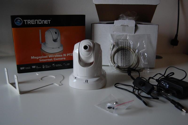 Jaka kamera IP do domu? Może obrotowa?
