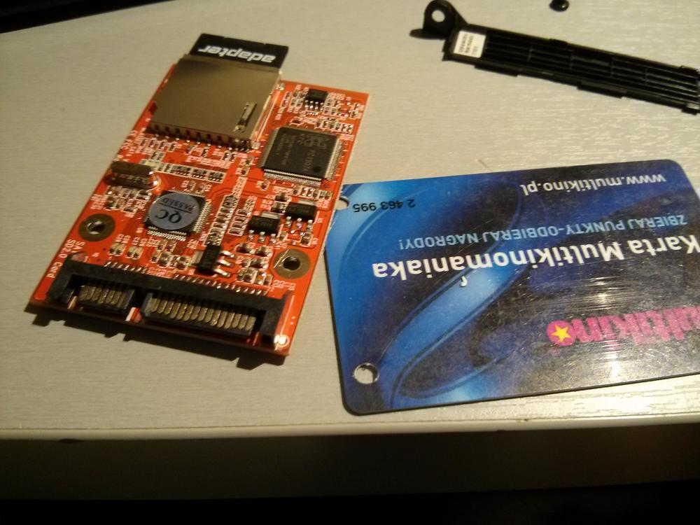 techfreak_pl_SD_SDHC_Secure_Digital_MMC_to_SATA_FC_130713