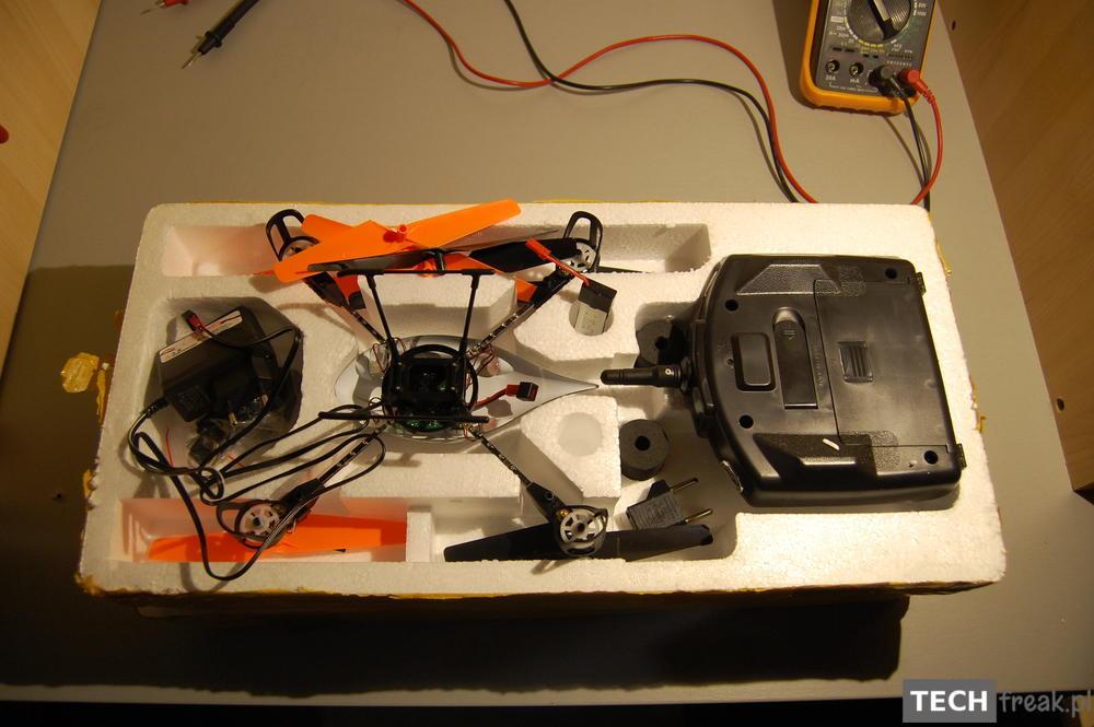 Wltoys_V222_2.4G_6-Axis_RC_Quadcopter_0