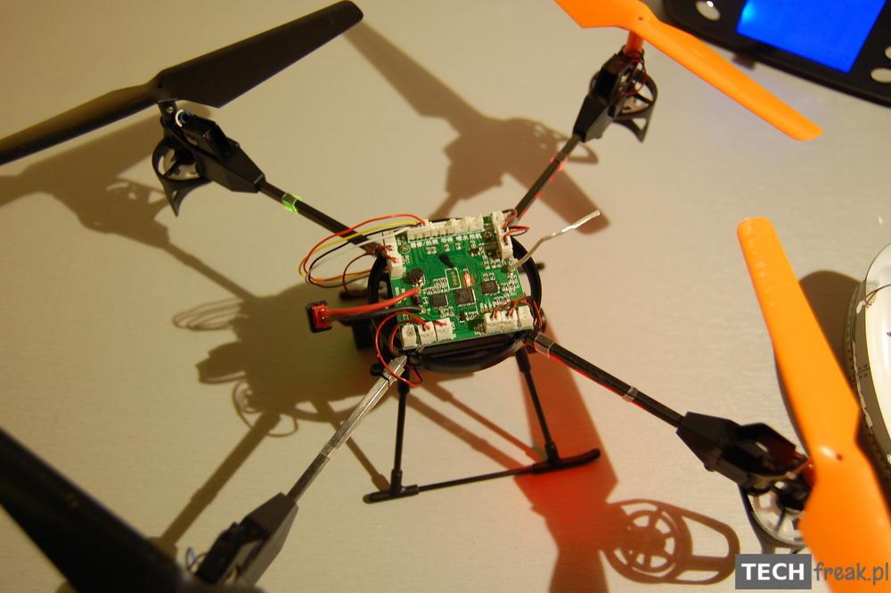 Wltoys_V222_2.4G_6-Axis_RC_Quadcopter_25