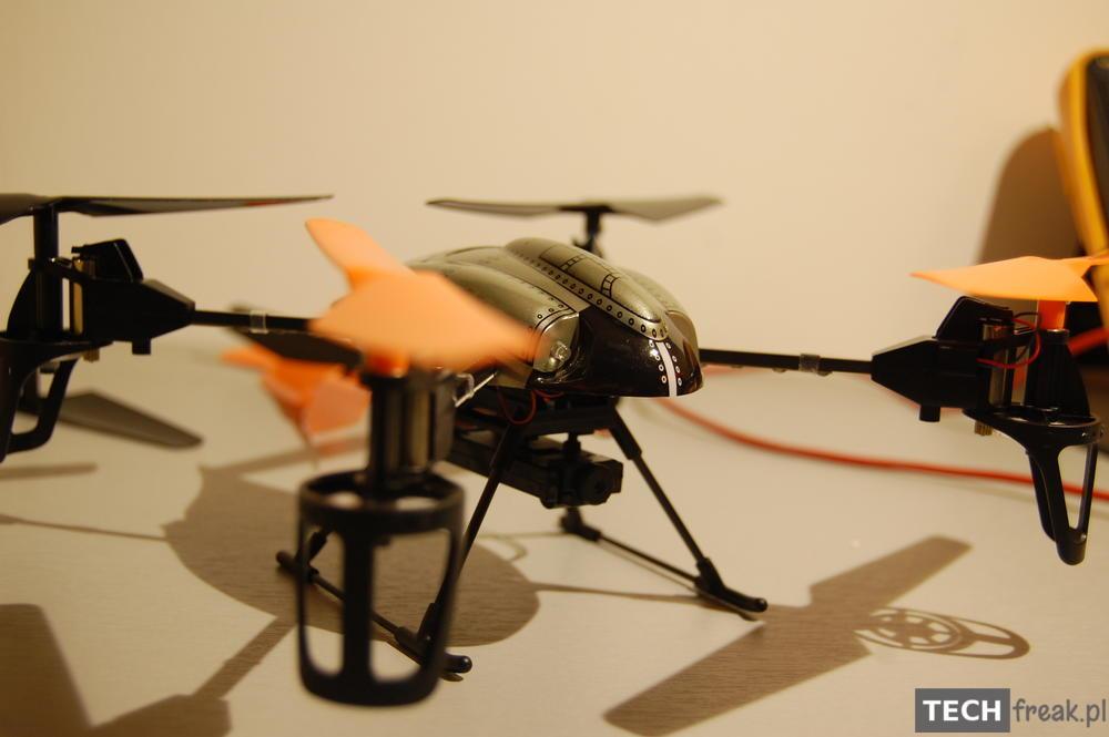 Wltoys_V222_2.4G_6-Axis_RC_Quadcopter_5