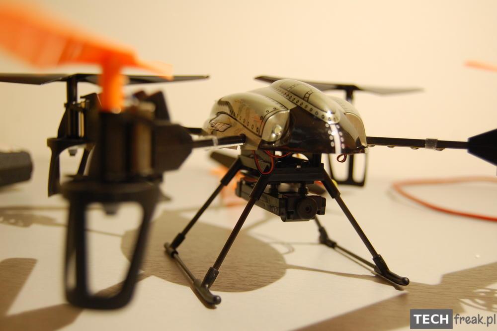 Wltoys_V222_2.4G_6-Axis_RC_Quadcopter_7