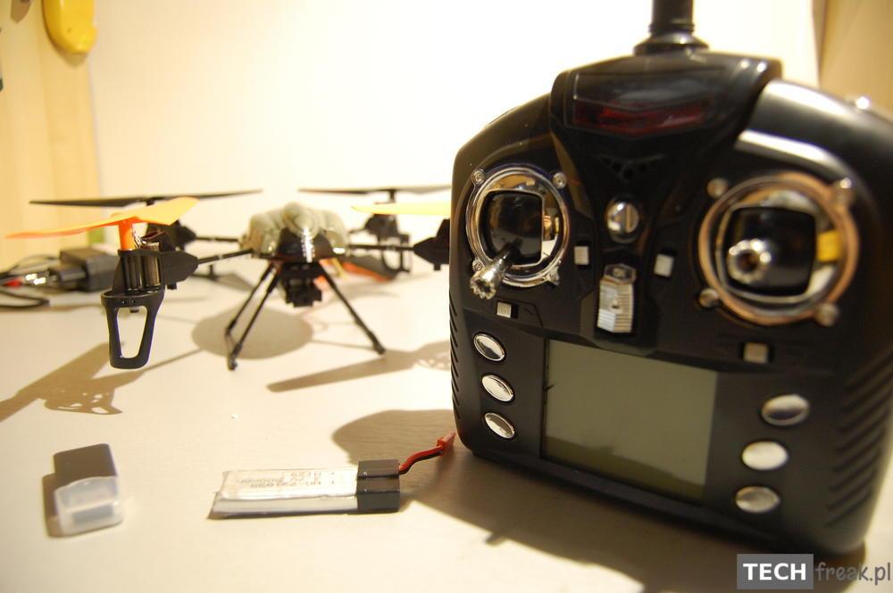 Wltoys_V222_2.4G_6-Axis_RC_Quadcopter_8