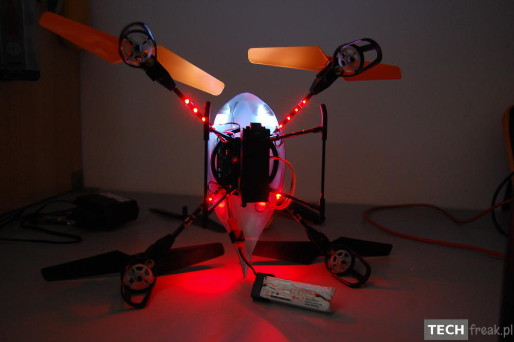 Wltoys_V222_2.4G_6-Axis_RC_Quadcopter_9