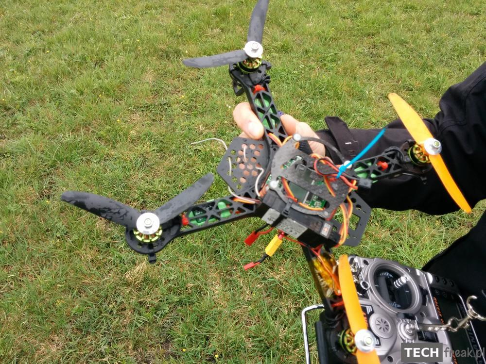 mini_quadcopter_crash_1