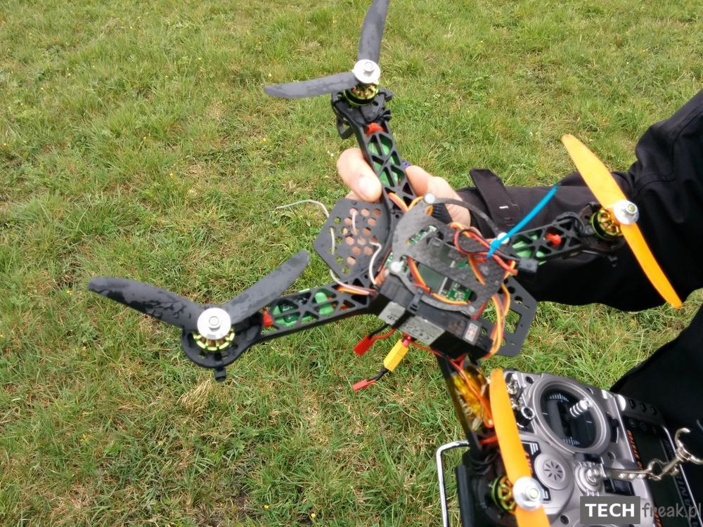 mini_quadcopter_crash_1
