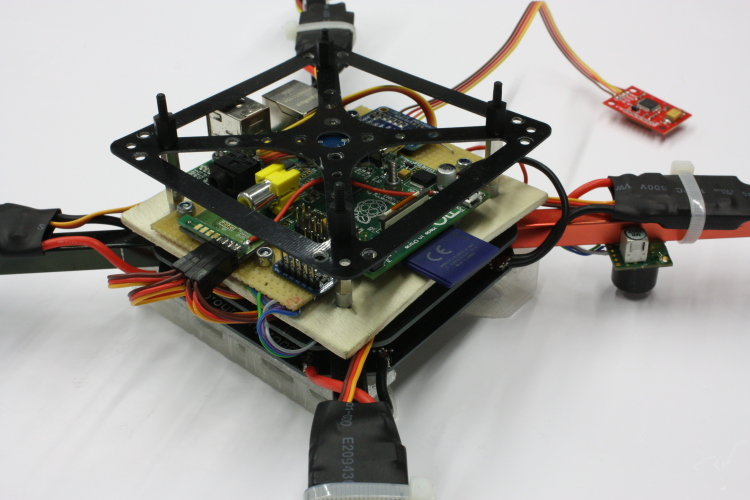 Quadcopter na Raspberry Pi