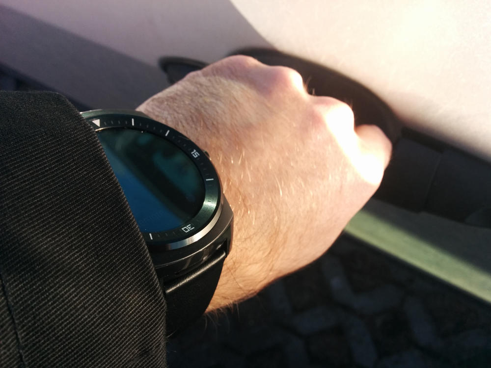 LG_G_watch_R_android_wear_13_1
