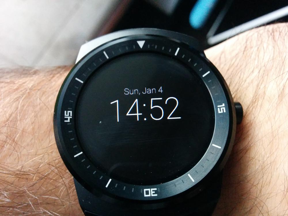 LG_G_watch_R_android_wear_14_1