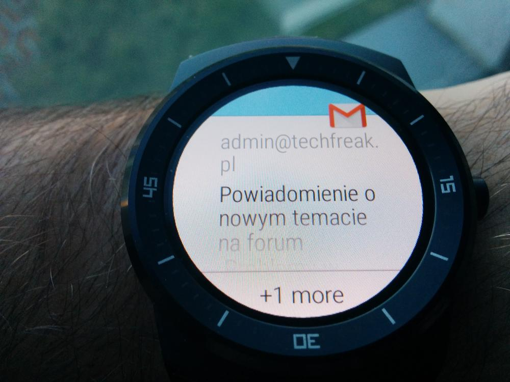 LG_G_watch_R_android_wear_8_1