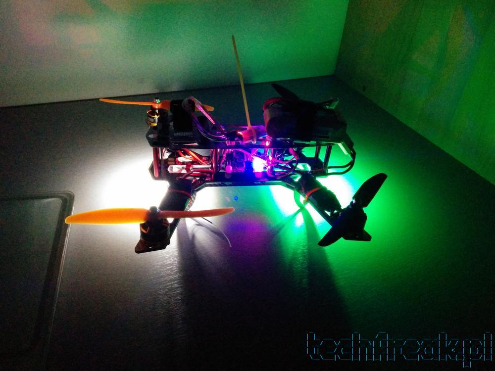 quadcopter_fpv_diatone_37_lights_1