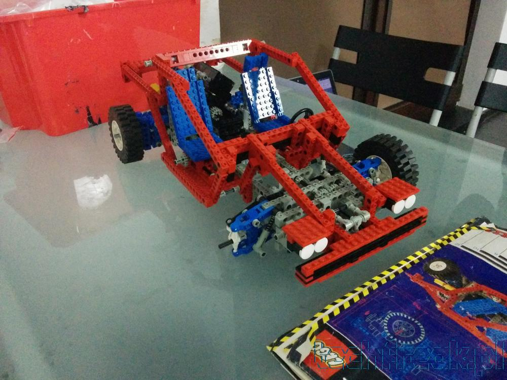 techfreak_lego_technic_test_car_8865_17