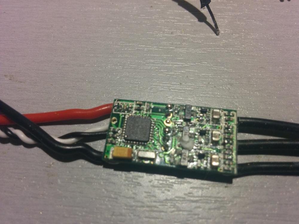 0-2_echfreak_blheli_13_DYS_SN20A_SN16A_USBASP_1wire_flash