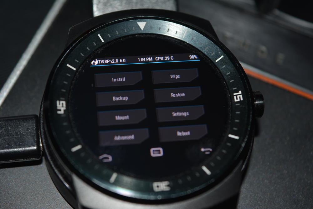 1_techfreak_lg_g_watch_r_wifi