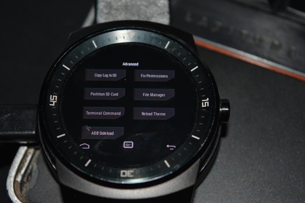2_techfreak_lg_g_watch_r_wifi
