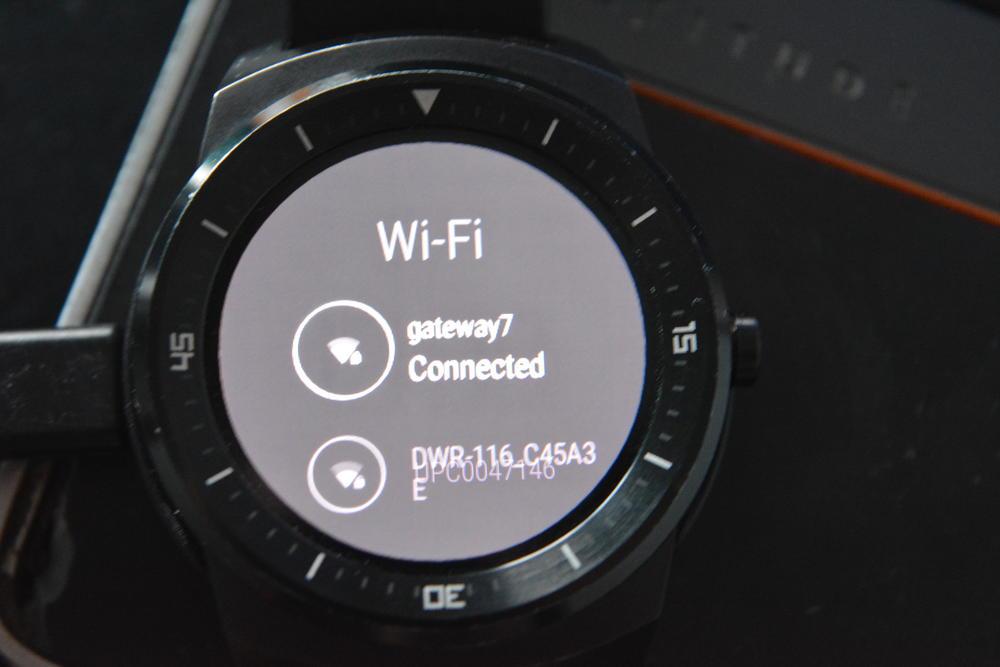 6_techfreak_lg_g_watch_r_wifi