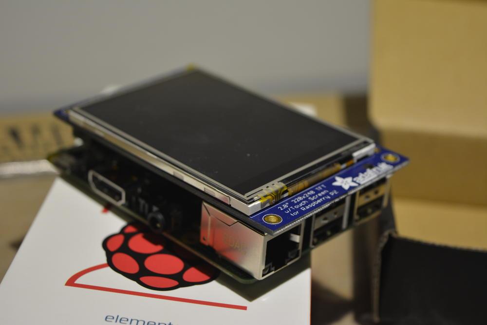 6_techfreak_raspberry_pi2_tft_2-8_lcd