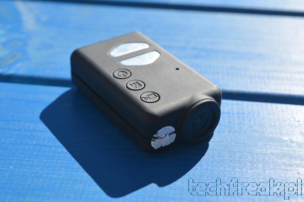 Wymiana baterii w kamerce Mobius