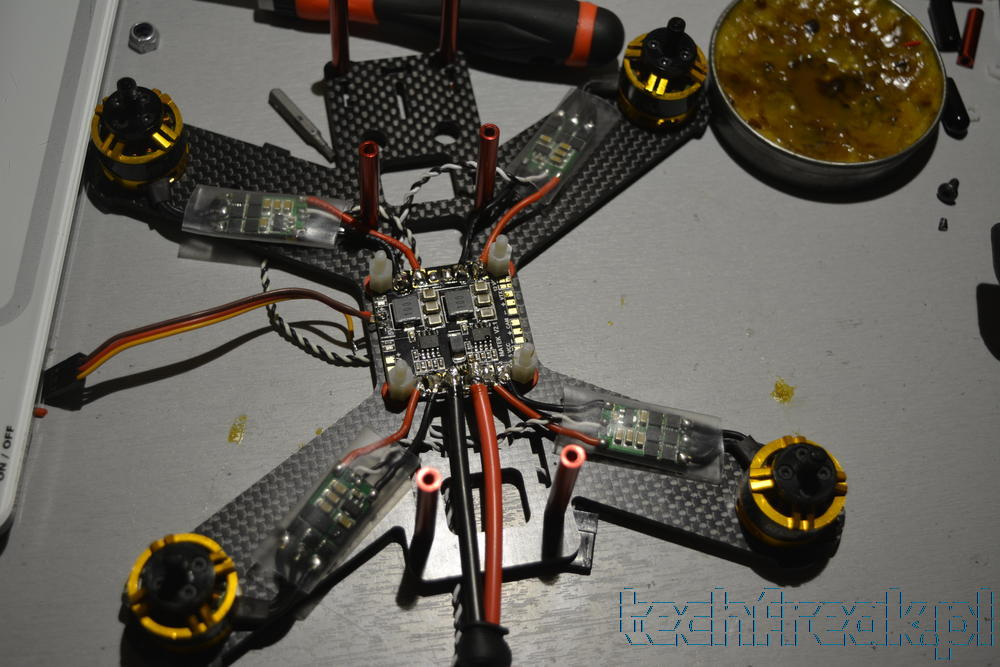 techfreak-Lisam-LS-180-FPV-quadcopter-matek-PDB-27