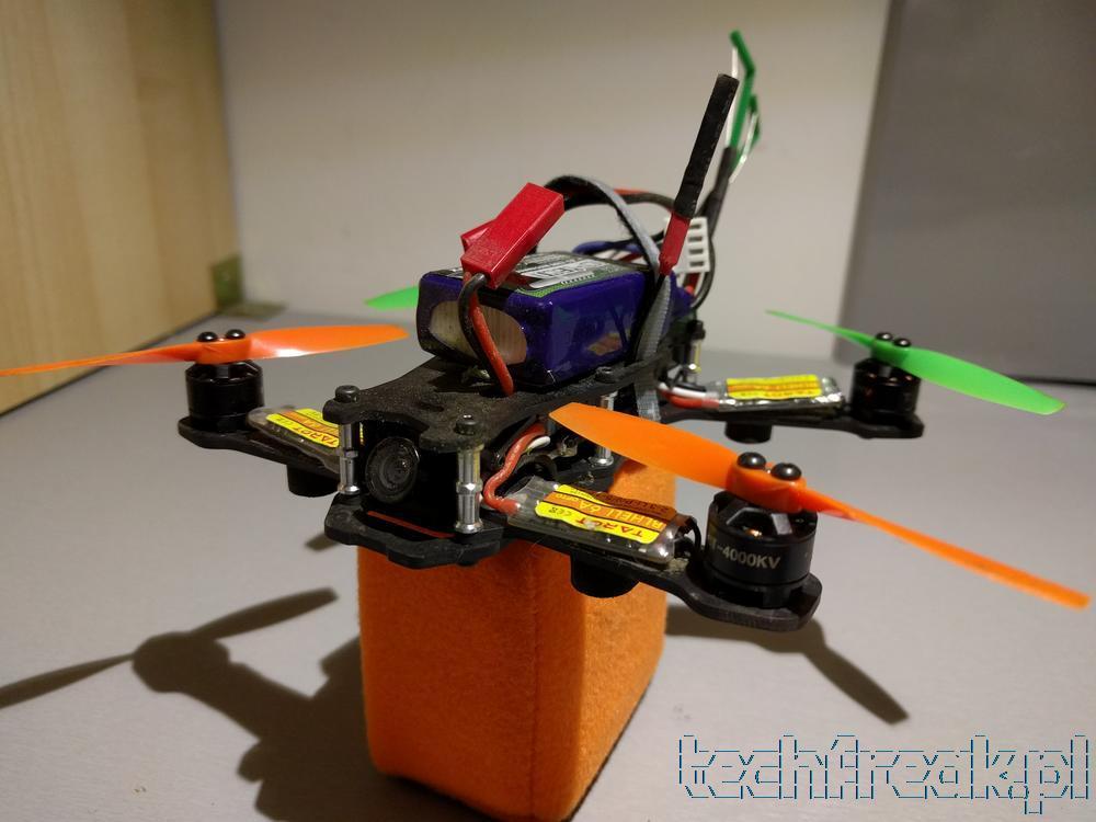 techfreakpl_tarot_130_FPV_mini_drone_racer_betaflight_cleanflight_fatshark_blheli_16
