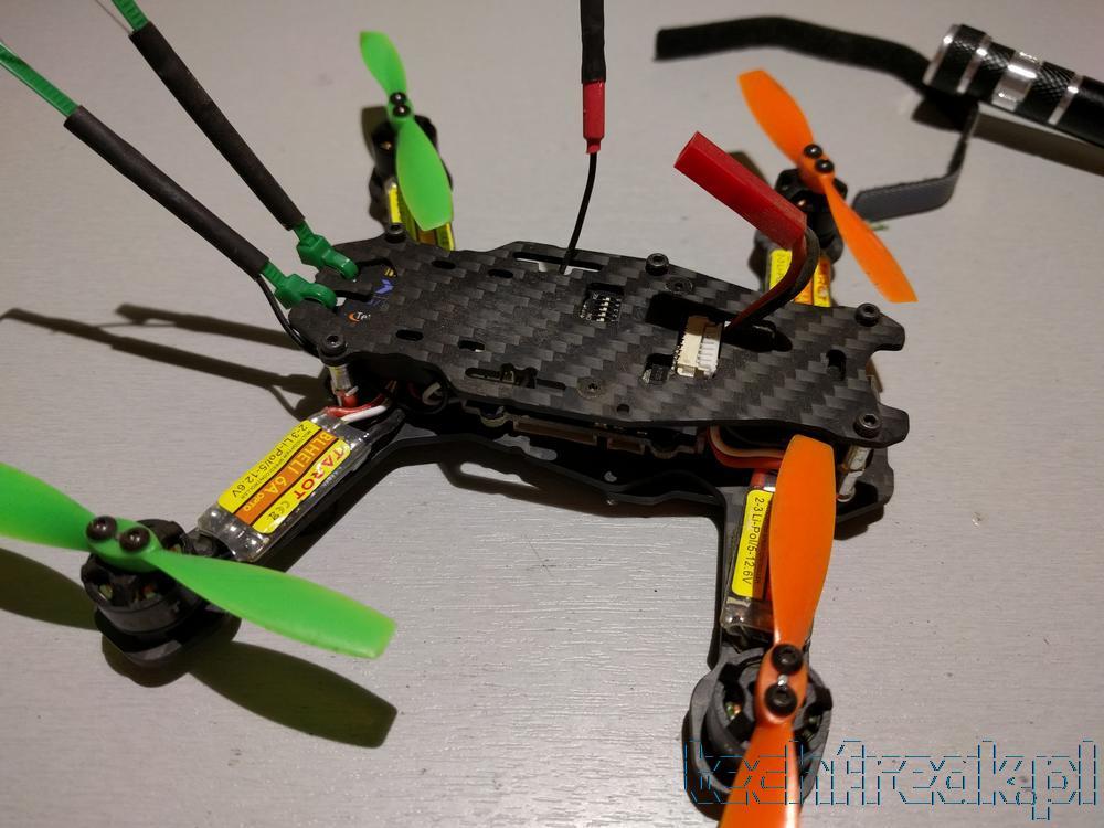 techfreakpl_tarot_130_FPV_mini_drone_racer_betaflight_cleanflight_fatshark_blheli_23