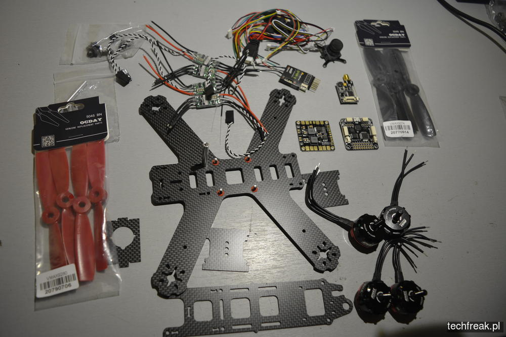 techfreakpl_FPV-racer-DUBAI-210_KIT-EMAX-RS-2205-2300-kv-1