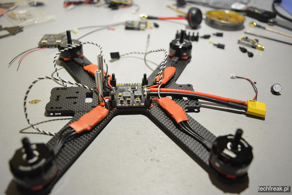 techfreakpl_FPV-racer-DUBAI-210_KIT-EMAX-RS-2205-2300-kv-13