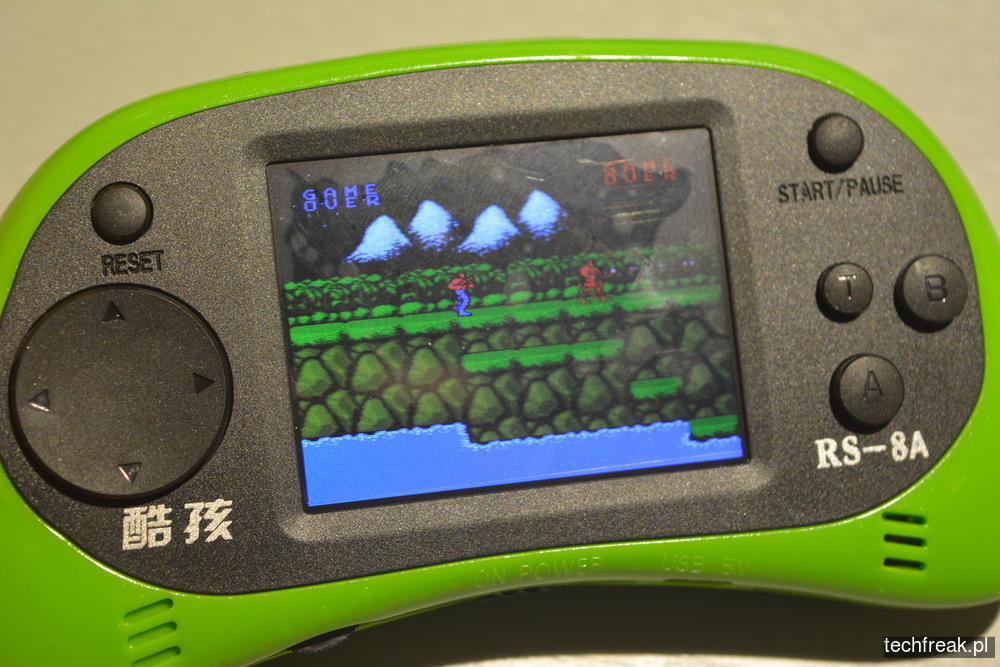 techfreakpl-hand-held-game-console-rs-8-38