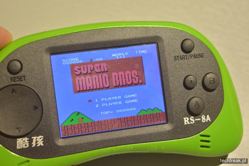 techfreakpl-hand-held-game-console-rs-8-39